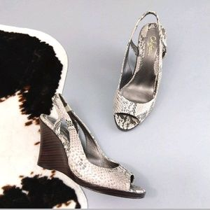 Cole Haan size 7 snake skin peep toe wedges
